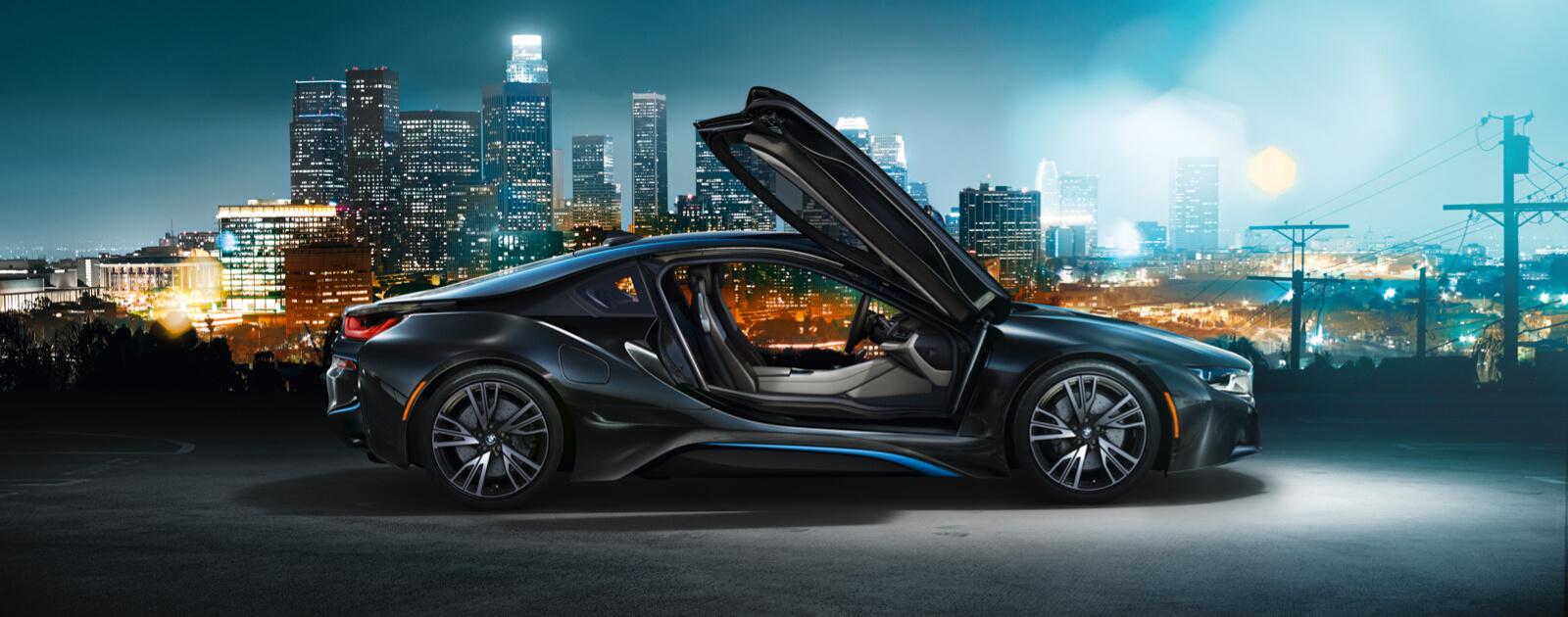 BMW, 엄격한 전통에 깃든 창조적인 파격.