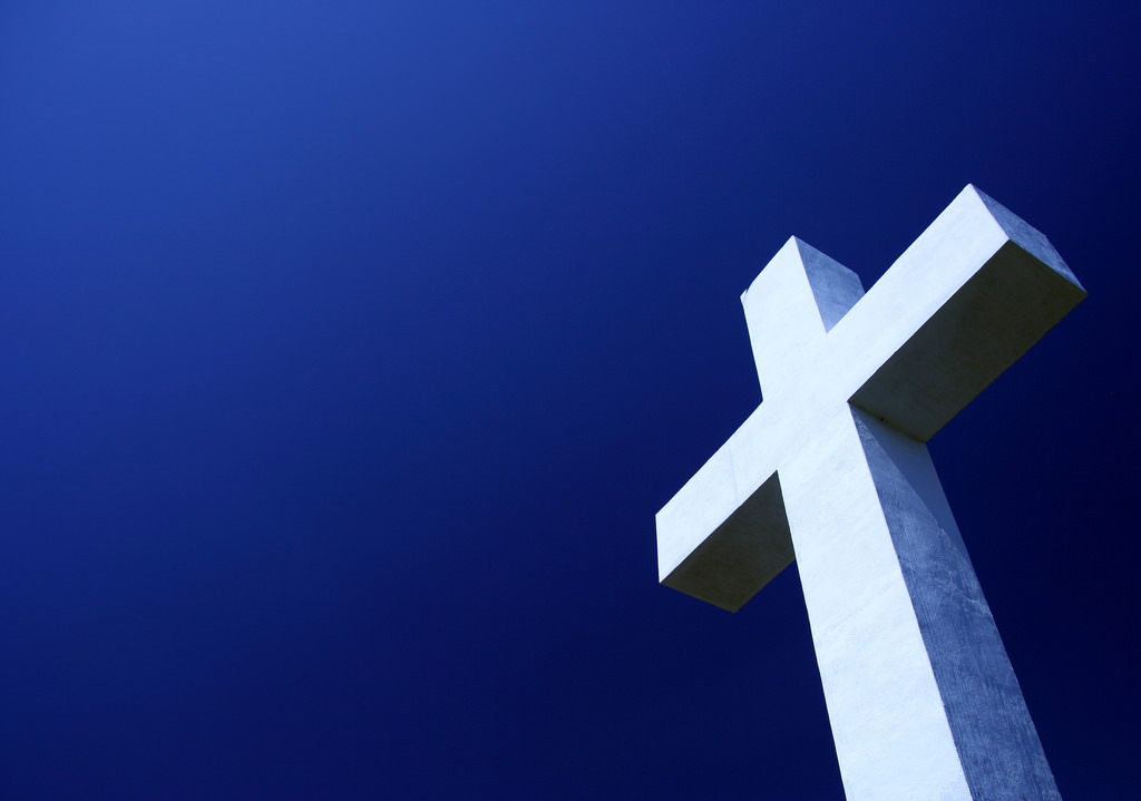 숨만 쉬어도 종교활동, 목사님들이 세금 못 내겠다는 이유.